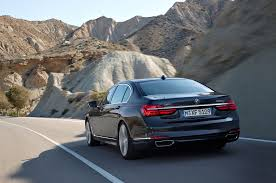live traffic and apple carplay automobile magazine