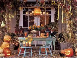 Spooky Homemade Halloween Decorations House Decorating For Halloween Country Halloween Decorating Ideas