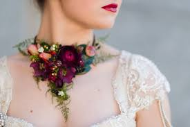 Flower Decorations For Hair 10 Unique Alternatives To Bridesmaids U0027 Bouquets Mon Cheri Bridals