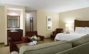 Comfort Inn And Suites Bloomington Mn Holiday Inn Minneapolis Airport 2 Bloomington
