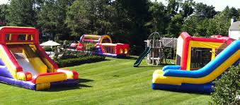 Backyard Inflatables Bounce House U0026 Party Rentals Busybeejumpers Com Boston Ma