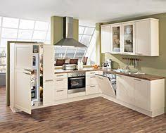 küche höffner moderne landhausküche in hellen farben nobilia erhältlich