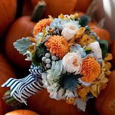 wedding flowers autumn best wedding flowers by season pretty happy wedding
