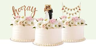 wedding cake decorations 10 best wedding cake toppers for 2017 wedding toppers