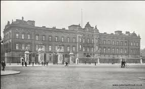 buckingham palace before it was refaced by king george v and queen