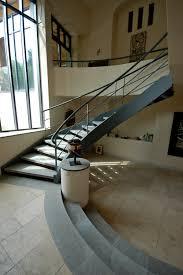 limon d escalier en bois escalier balancé en métal et marches en granit escalier