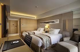 deluxe room royal garden hotel in hong kong tsim sha tsui hotel
