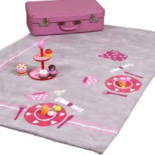 tapis de chambre enfant tapis fille tapis chambre bebe fille pr l vement d avec