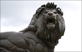 roaring lion statue snarling lions inspector spacetime wiki fandom powered by wikia