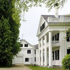 southern plantation style homes the 25 best plantation style homes ideas on