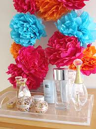 How To Make Mexican Paper Flowers - a five minute diy decor project a square crepe paper flower