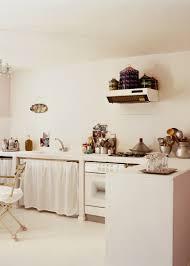 decorer cuisine toute blanche deco cuisine ancienne frais decoration cuisine vanille conception