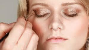 makeup tips for blue eyes and dark blonde hair mugeek vidalondon