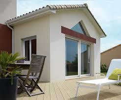 modele veranda maison ancienne choisir ses fenêtres en fonction du style de sa maison travaux com