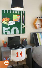 Cool Hockey Bedroom Ideas Best 25 Boys Football Room Ideas On Pinterest Boy Sports