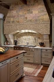 hotte de cuisine en angle cuisine hotte aspirante d angle cuisine fonctionnalies rustique