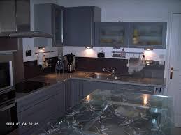 resinence cuisine cuisine apres resinence meubles gris foncés crédence anthracite