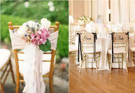 idee original pour mariage idées pour décorer des chaises