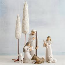 amazon com willow tree nativity 6 piece set of figures by susan