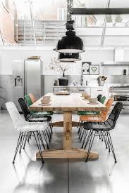 chaises table manger grande table à manger en bois massif avec quelles chaises et décoration