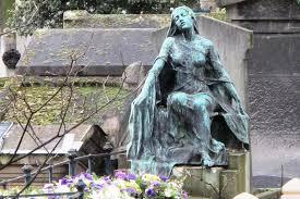 cemetery statues s statues sculptures montmartre cemetery