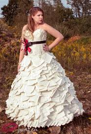 secondhand wedding dresses amazing recycled wedding dresses wedding fanatic