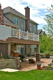Backyard Deck And Patio Ideas by Best 20 Two Story Deck Ideas On Pinterest Two Story Deck Ideas