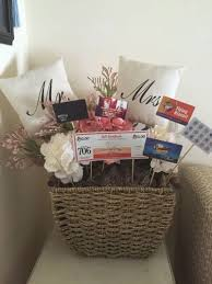 honeymoon shower gift ideas bridal shower gift ideas gift card basket jpg
