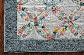Wedding Ring Quilt by Double Wedding Ring Quilt Make Something