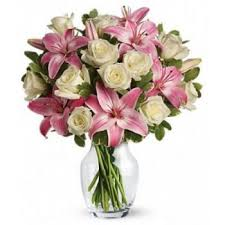 online flowers torremolinos happy flower delivery 3 roses and 4 lilies
