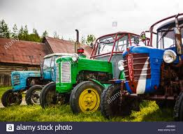 blue tractors stock photos u0026 blue tractors stock images alamy