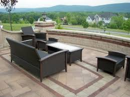 Patio Furniture Milwaukee Wi by Inlays Borders And Banding Make This Dreamy Frontyard Patio A Hub