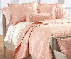 What Is A Coverlet Learn The Difference Between Bedspreads And Coverlets Cuddledown