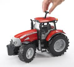 bruder mccormick xtx 165 tractor amazon co uk toys u0026 games
