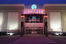 megaplex theatres at commons