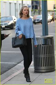 taylor swift u0026 gigi hadid get in pampering with a salon visit