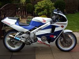 honda cbr 400 honda cbr 400 rr nc 23 registered in1993 tri arm m o t july 27