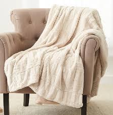 Fox Fur Blanket Amazon Com Pinzon Faux Fur Throw Blanket 63
