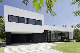 simple modern house designs architecture front yard simple modern house design with green grass garden black and white exterior