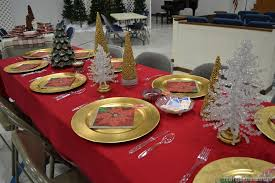 Red Gold And Purple Christmas Tree - christmas dinner table ideas from our church u0027s christmas dinner