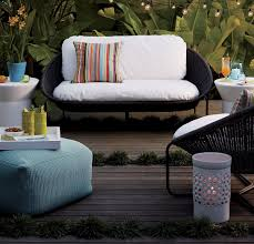 Crate And Barrel Patio Cushions by Modular Style 10 Handy Uses For The Pouf
