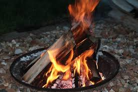 Fire Pits For Backyard by Safety Tips For Backyard Fire Pits Safebee