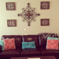Apartment Decor Pinterest by College Living Room Decorating Ideas 1000 Ideas About College