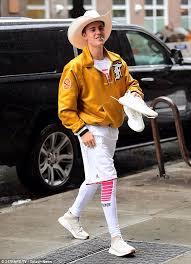 Justin Bieber Costume Halloween Justin Bieber Rocks Cowboy York Daily Mail