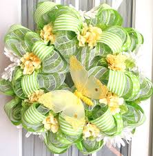 Easter Decorations With Deco Mesh by 477 Best Deco Mesh Images On Pinterest Deco Mesh Wreaths And