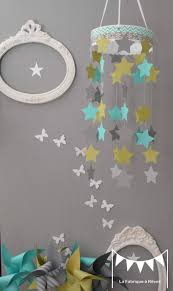 deco chambre gris et mauve mobile étoiles turquoise vert anis gris décoration chambre enfant