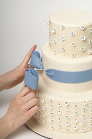 wedding cake tutorial 100 best how to fondant bows and trims images on