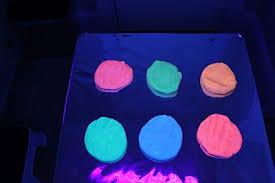 Black Lights For Bedroom 10 Glow In The Activities For Wehavekids