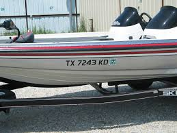 boat registration numbers