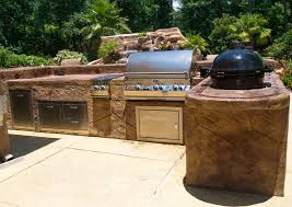 exteriors airy outdoor kitchen decor with u shape kitchen